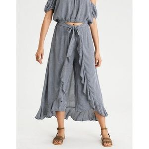 American Eagle Gingham Ruffle Skirt Pants - L